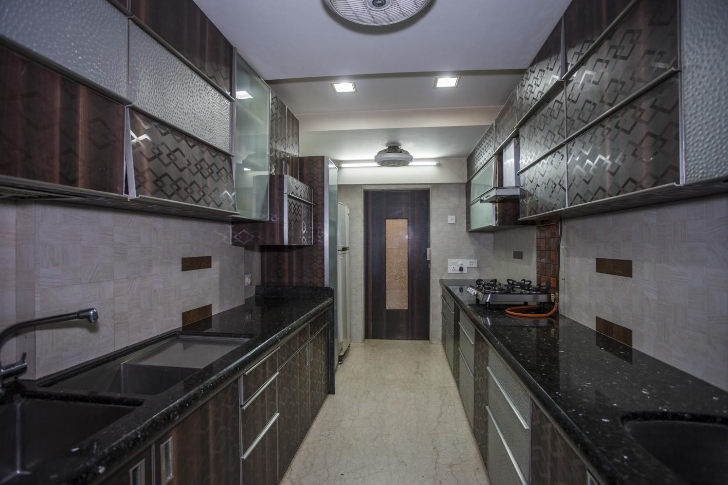 Modern Modular Kitchen by Plus One Interiors Modular-kitchen Modern | Interior Design Photos & Ideas
