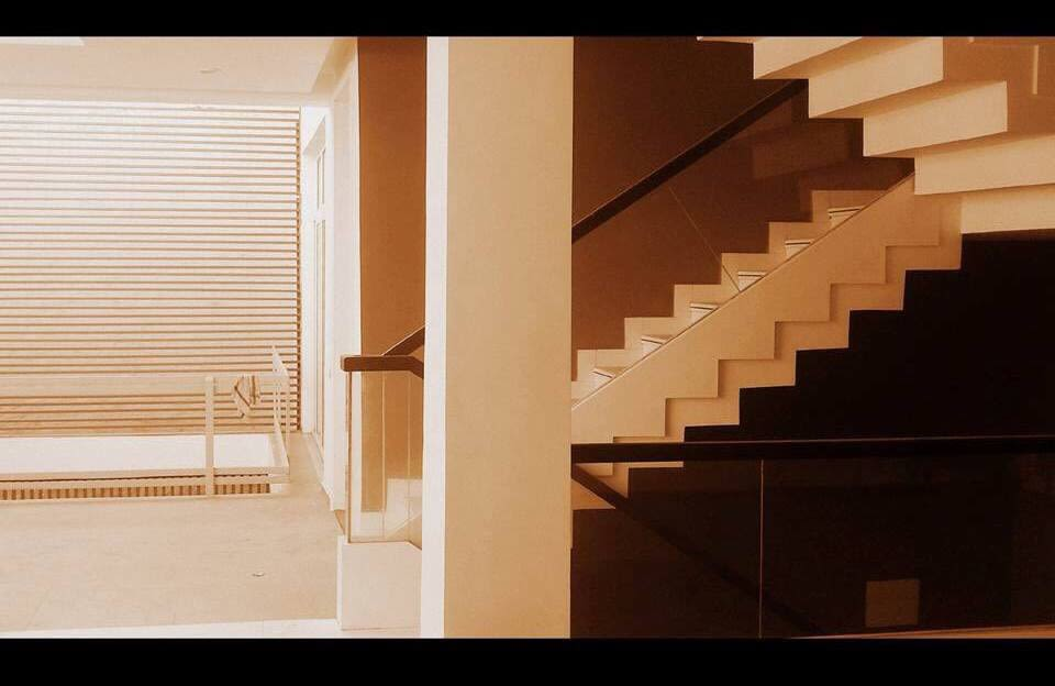 The Stair way by Space It Up Indoor-spaces Modern   Interior Design Photos & Ideas