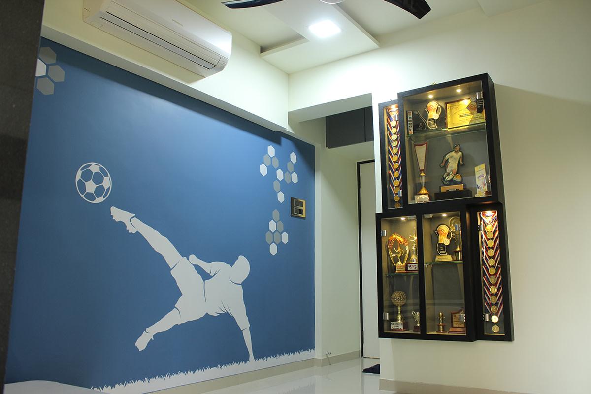 Hallway by Poorva Palav Indoor-spaces Minimalistic | Interior Design Photos & Ideas