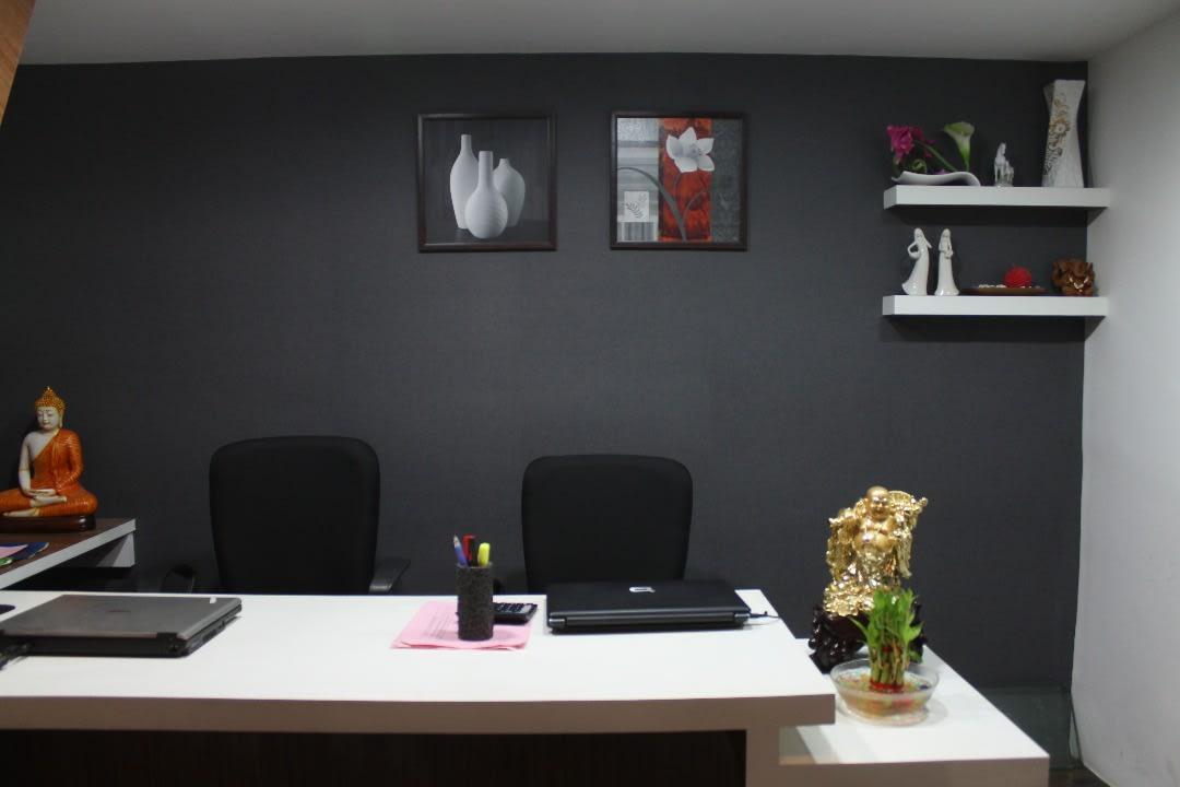 Alluring Black by Atul Shimpi Contemporary | Interior Design Photos & Ideas