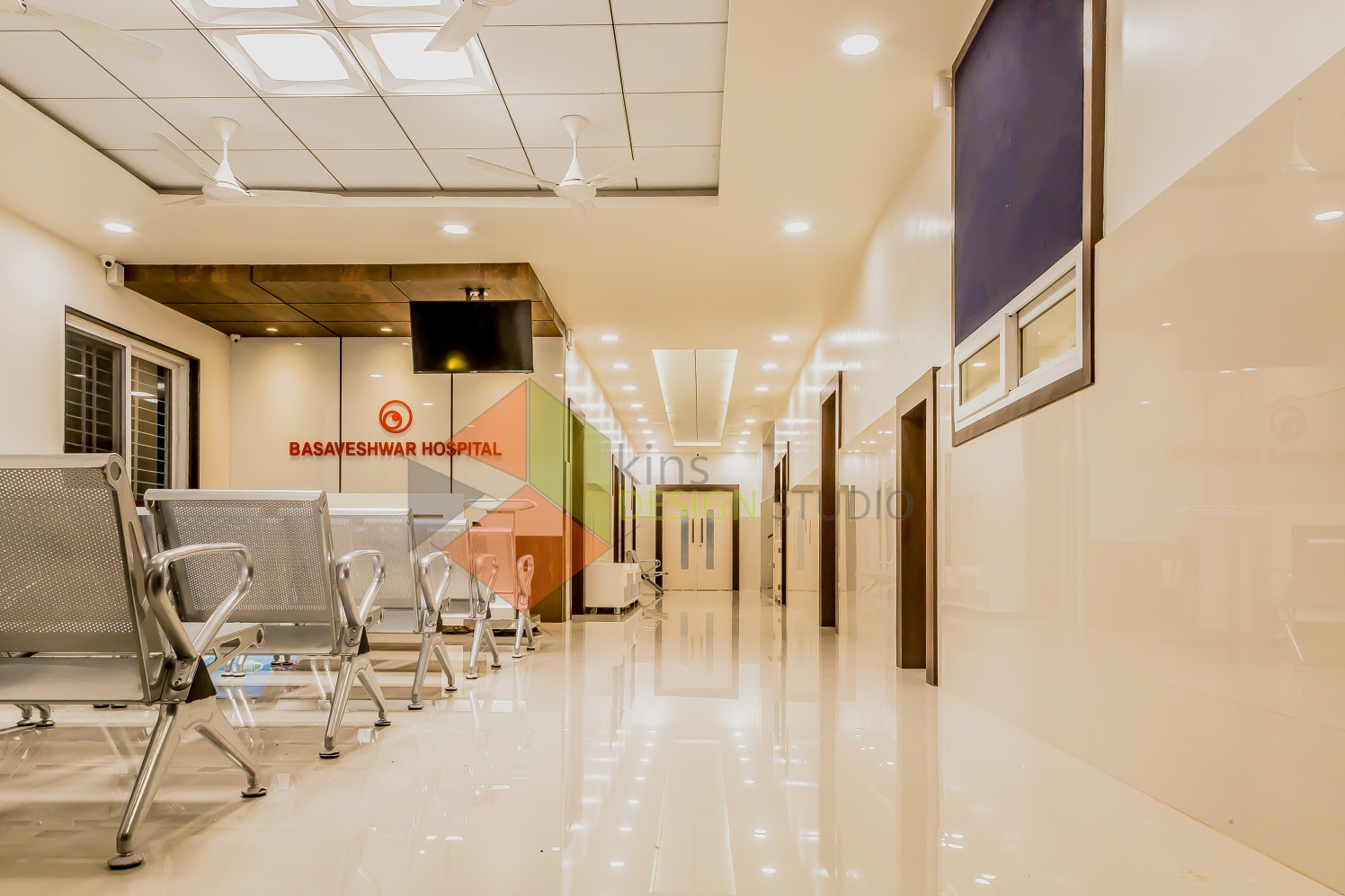 Hospital Waiting Hall with false ceiling and metal design chairs by Kinnera Naresh Modern | Interior Design Photos & Ideas