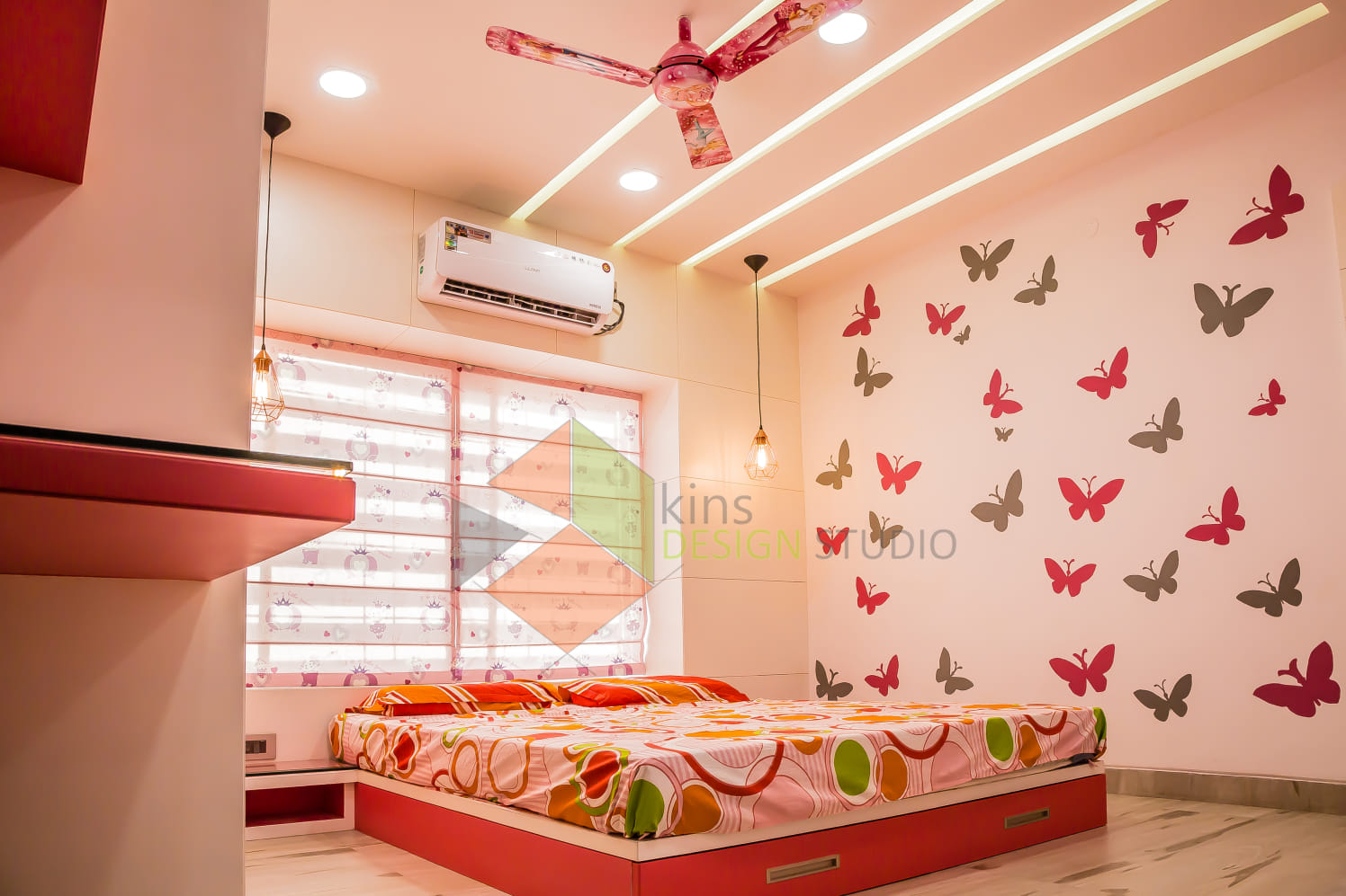 Bedroom with false ceiling and abstract wall design by Kinnera Naresh Bedroom Contemporary | Interior Design Photos & Ideas