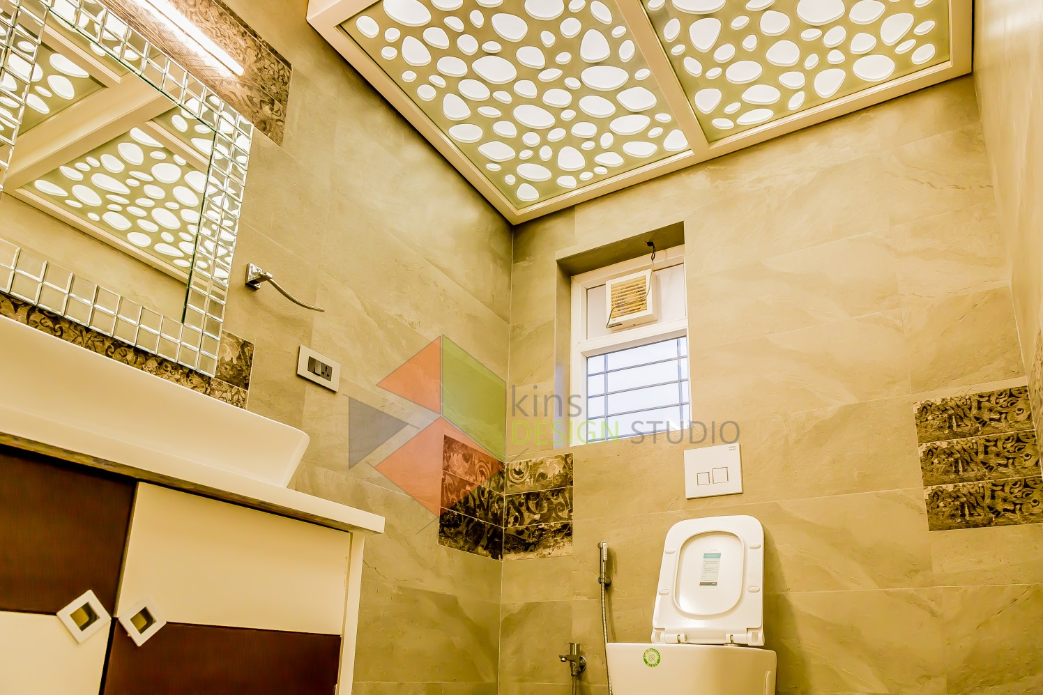 Catchy Washroom by Kinnera Naresh Bathroom Eclectic | Interior Design Photos & Ideas