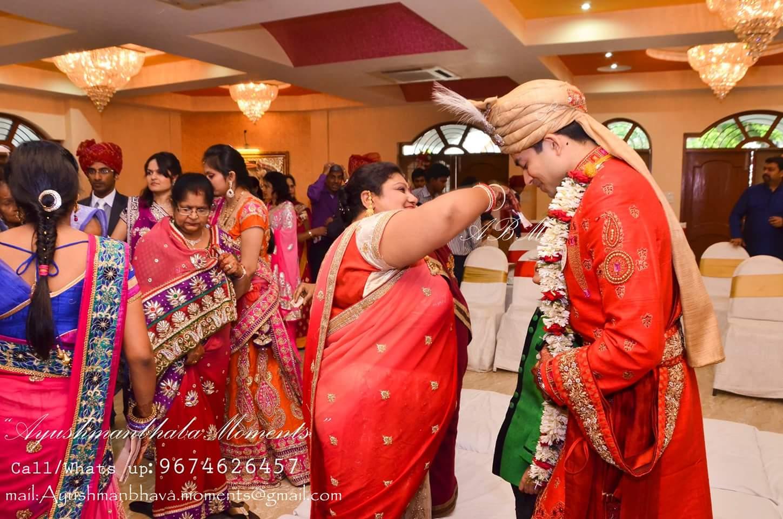 Family Shot by Ayushmanbhaba Moments Wedding-photography | Weddings Photos & Ideas