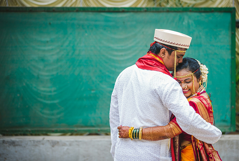 Couple Portrait by Samography Wedding-photography Bridal-jewellery-and-accessories | Weddings Photos & Ideas