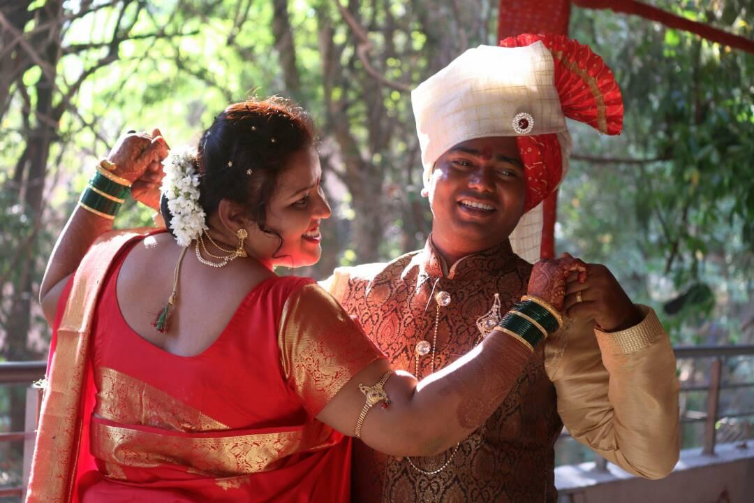 A Stellar Couple by Shubham Yelgunde Photography Wedding-photography Bridal-jewellery-and-accessories Groom-wear-and-accessories   Weddings Photos & Ideas