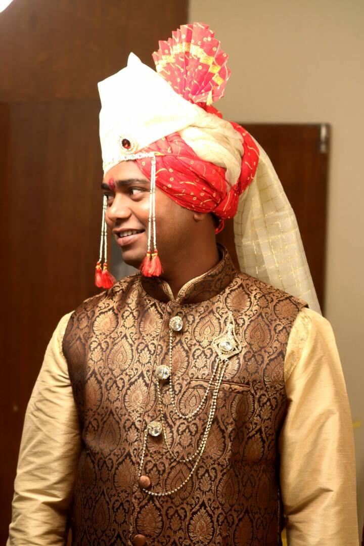 Dashing Groom by Shubham Yelgunde Photography Wedding-photography Groom-wear-and-accessories | Weddings Photos & Ideas
