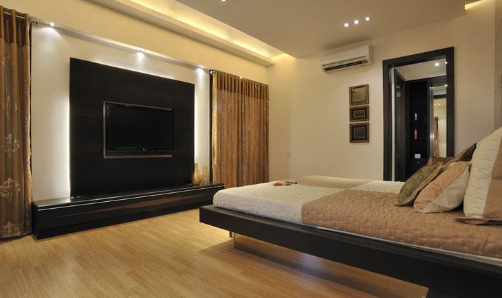 Modern Bedroom by Deepti Srivastava Bedroom Modern | Interior Design Photos & Ideas