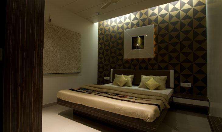 Modern Bedroom by Deepti Srivastava Bedroom Contemporary | Interior Design Photos & Ideas