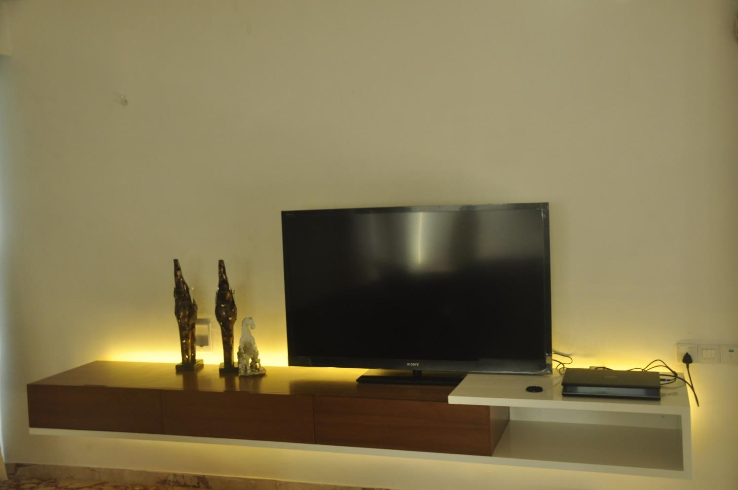 Modern TV Set by Deepti Srivastava Bedroom Contemporary | Interior Design Photos & Ideas