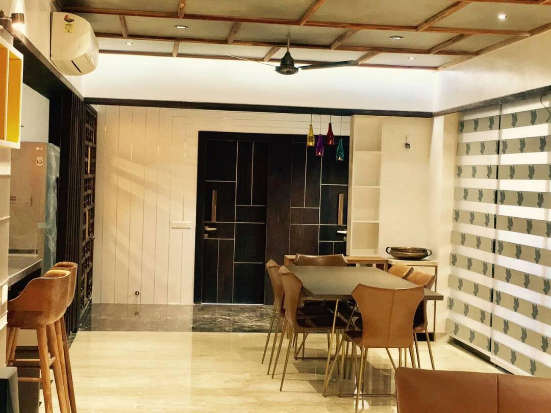 Modern Dining Table by Deepti Srivastava Dining-room Contemporary | Interior Design Photos & Ideas