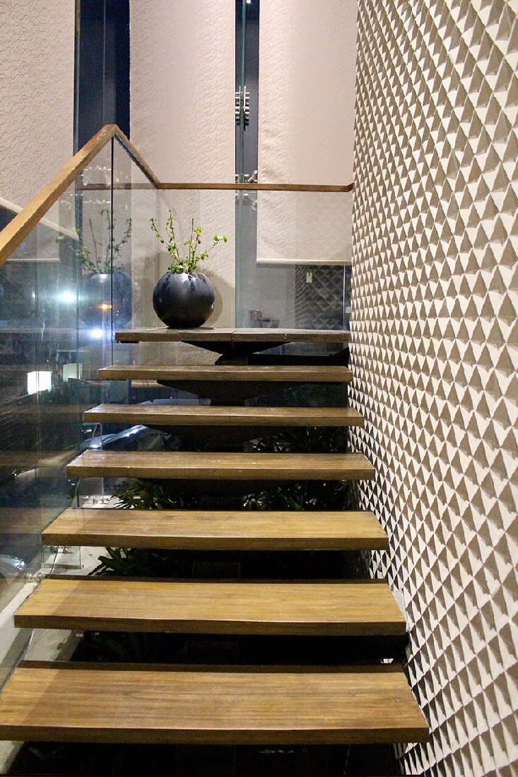 Stairways to Heaven by Anil Verma Modern | Interior Design Photos & Ideas