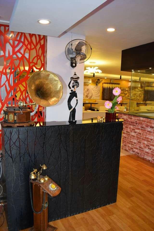 Uptown funk by Thirumalazhagan Modern | Interior Design Photos & Ideas