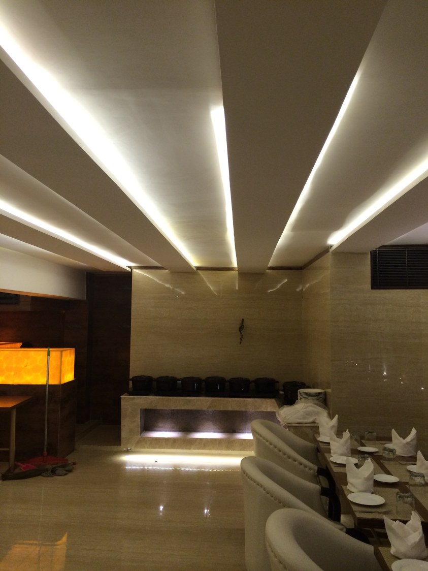 Brilliant lighting by Devesh Gajwani Modern | Interior Design Photos & Ideas