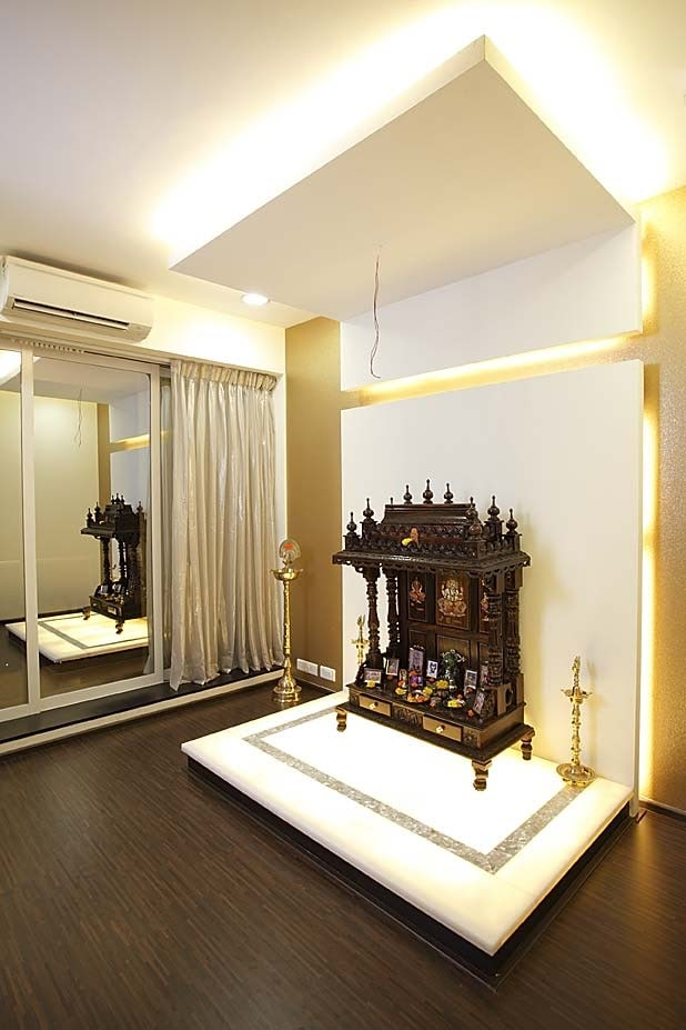 Prayer room with wooden flooring by Milind Kapadia Indoor-spaces Modern | Interior Design Photos & Ideas