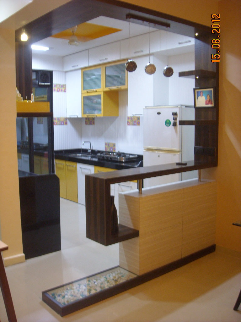 Easy Kitchen by Aparna Mayekar Varadkar Modern | Interior Design Photos & Ideas