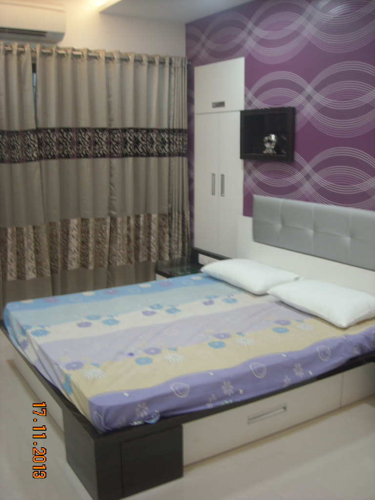 The Back Wall Design by Aparna Mayekar Varadkar Modern   Interior Design Photos & Ideas