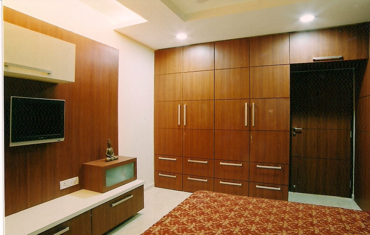 Brown And Red by Aparna Mayekar Varadkar Modern   Interior Design Photos & Ideas