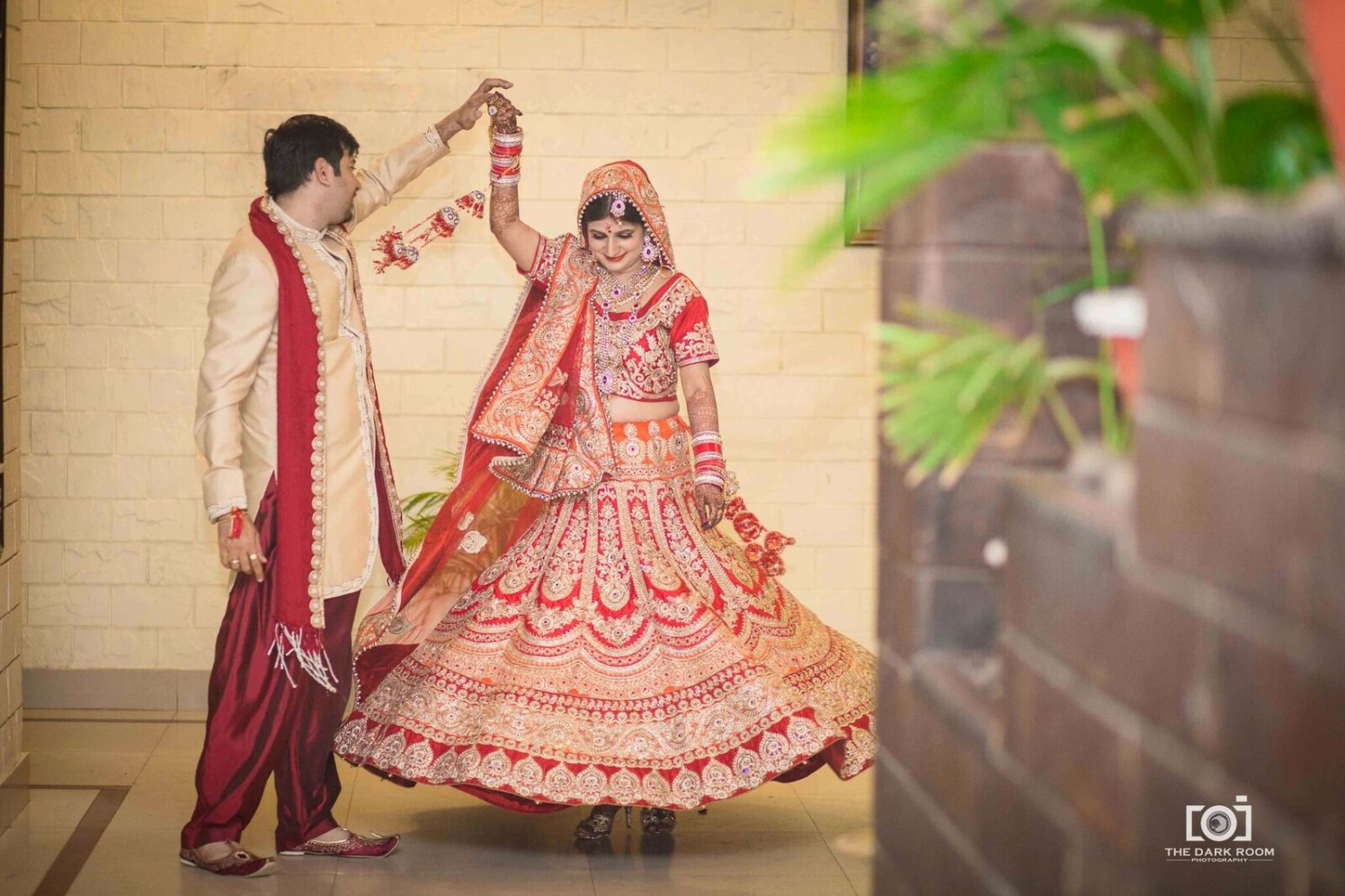 The enormous fall of lehenga by The Dark Room Photography Wedding-photography | Weddings Photos & Ideas