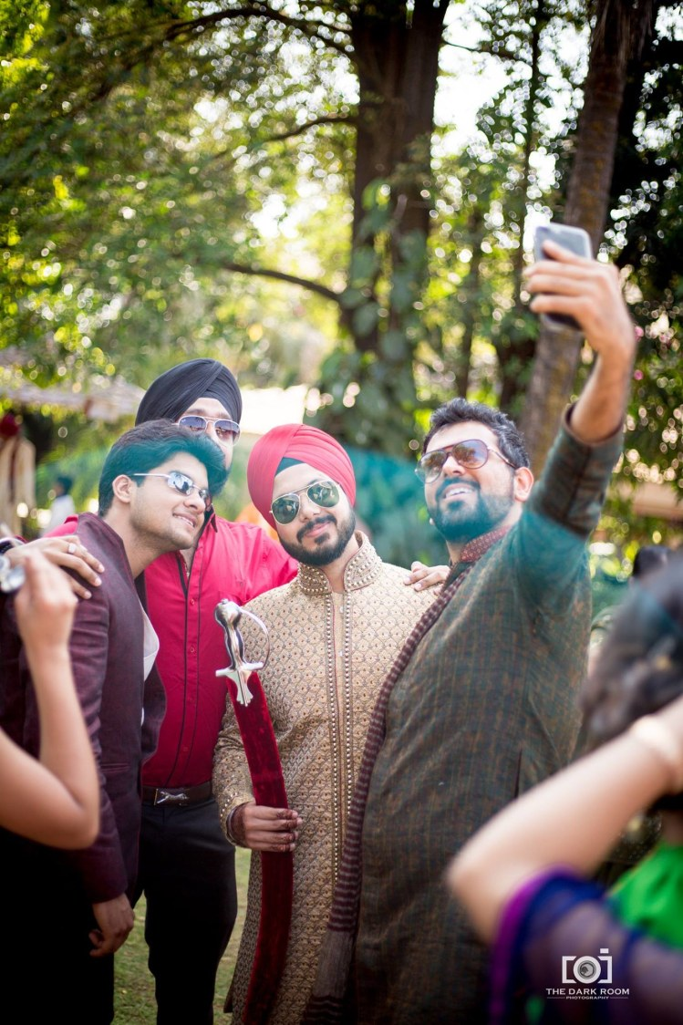 But first a selfie by The Dark Room Photography Wedding-photography | Weddings Photos & Ideas