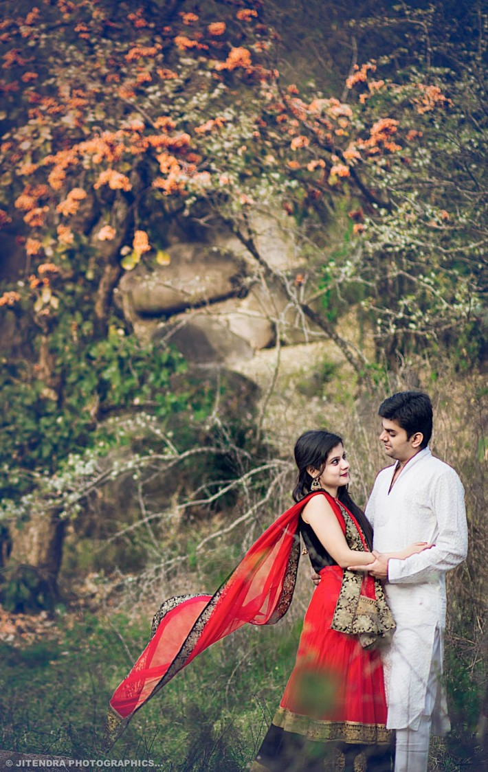 Flying stole by The Dark Room Photography Wedding-photography | Weddings Photos & Ideas