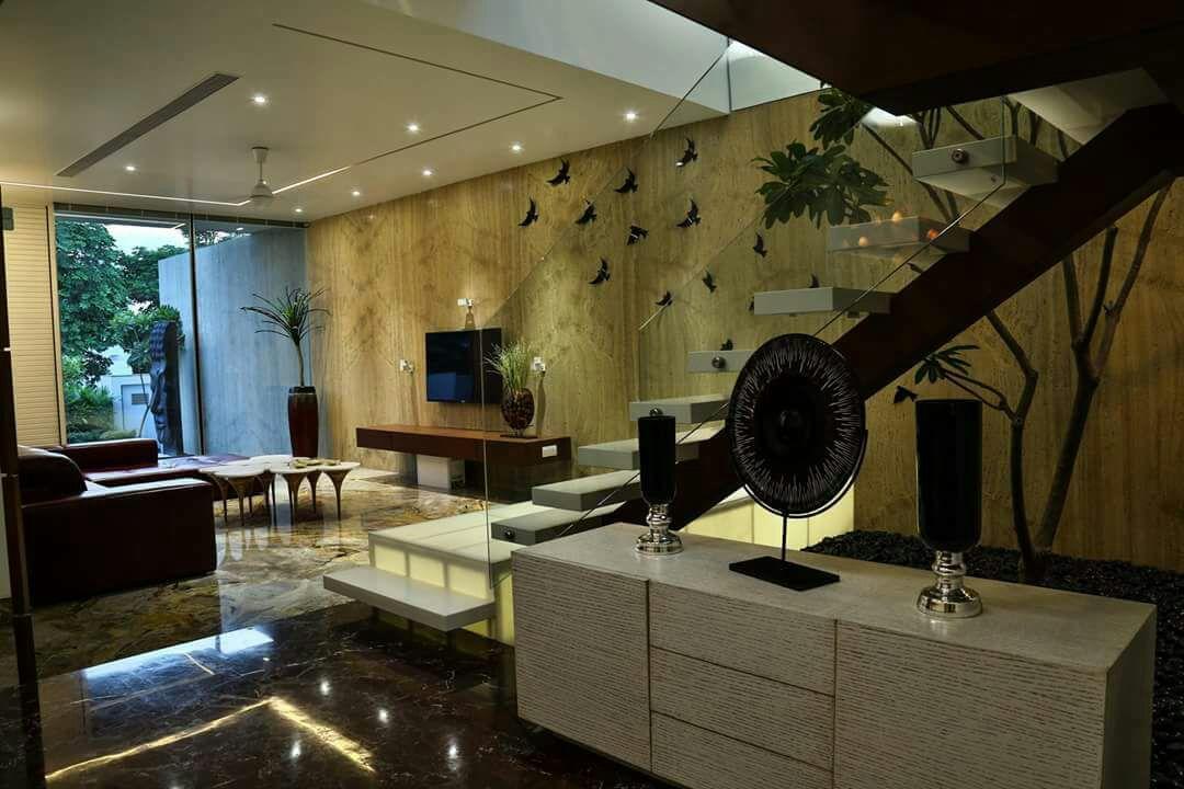 designer dining room by Chandni Goel Modern | Interior Design Photos & Ideas