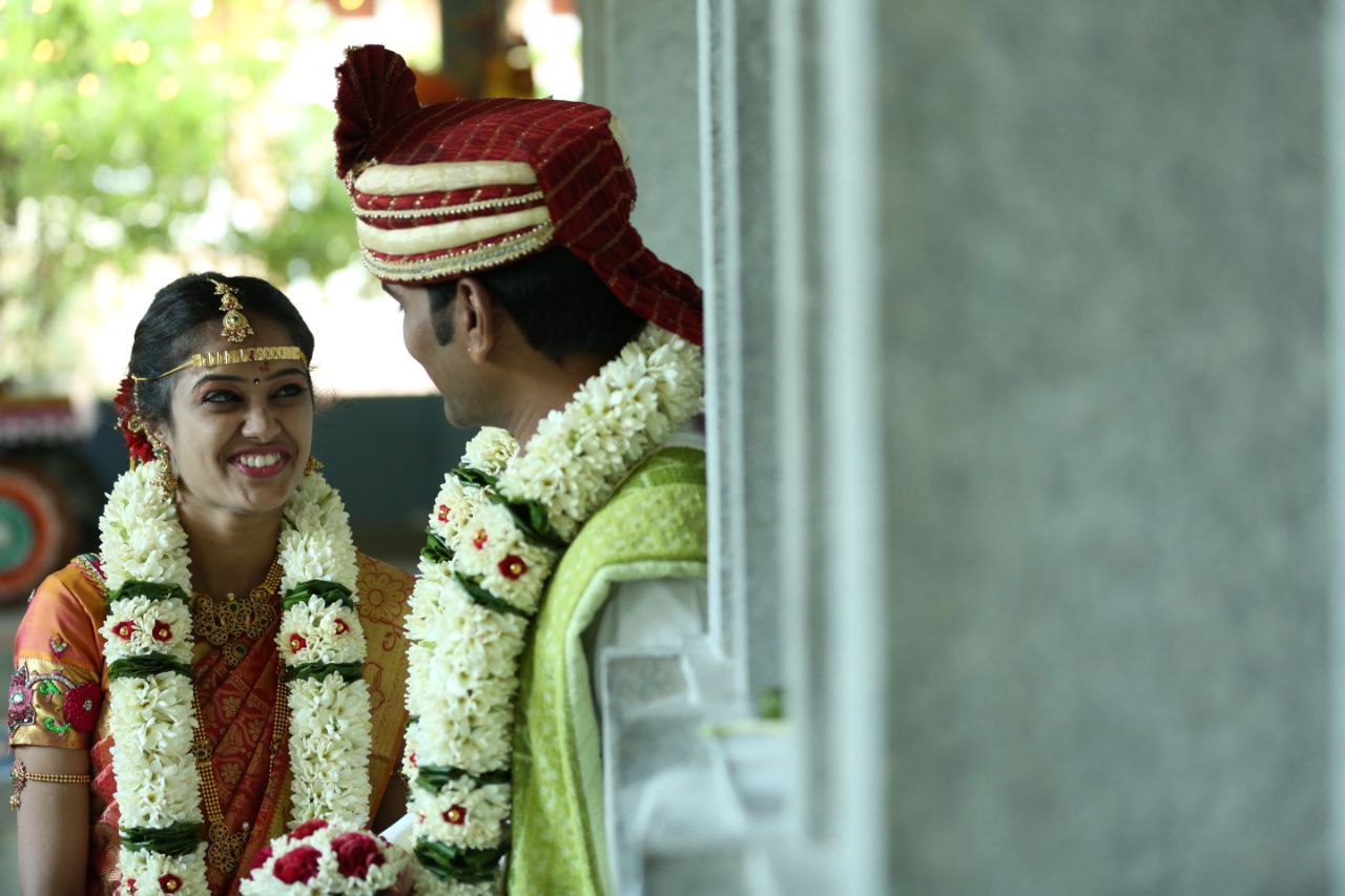 Candid Bride and Groom Shot by Arun Ar Photography Wedding-photography | Weddings Photos & Ideas