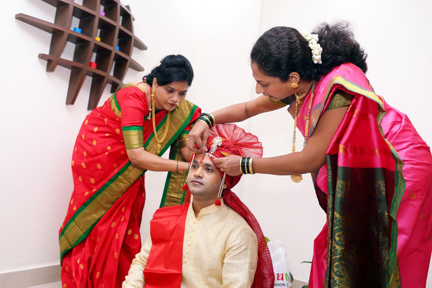 Getting Ready Shots by Dharmesh Chawda Wedding-photography | Weddings Photos & Ideas