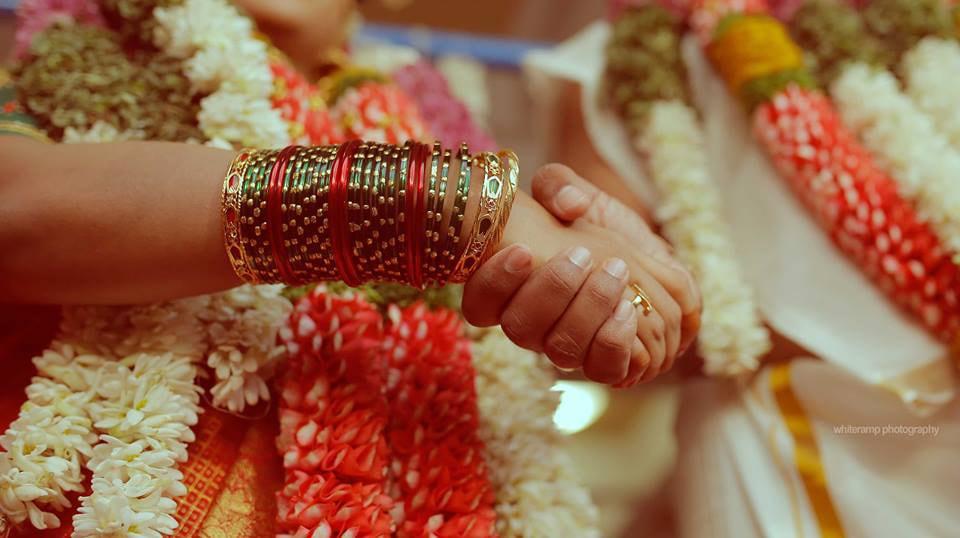 Bride Hand Shot by Whiteramp Photography Wedding-photography | Weddings Photos & Ideas