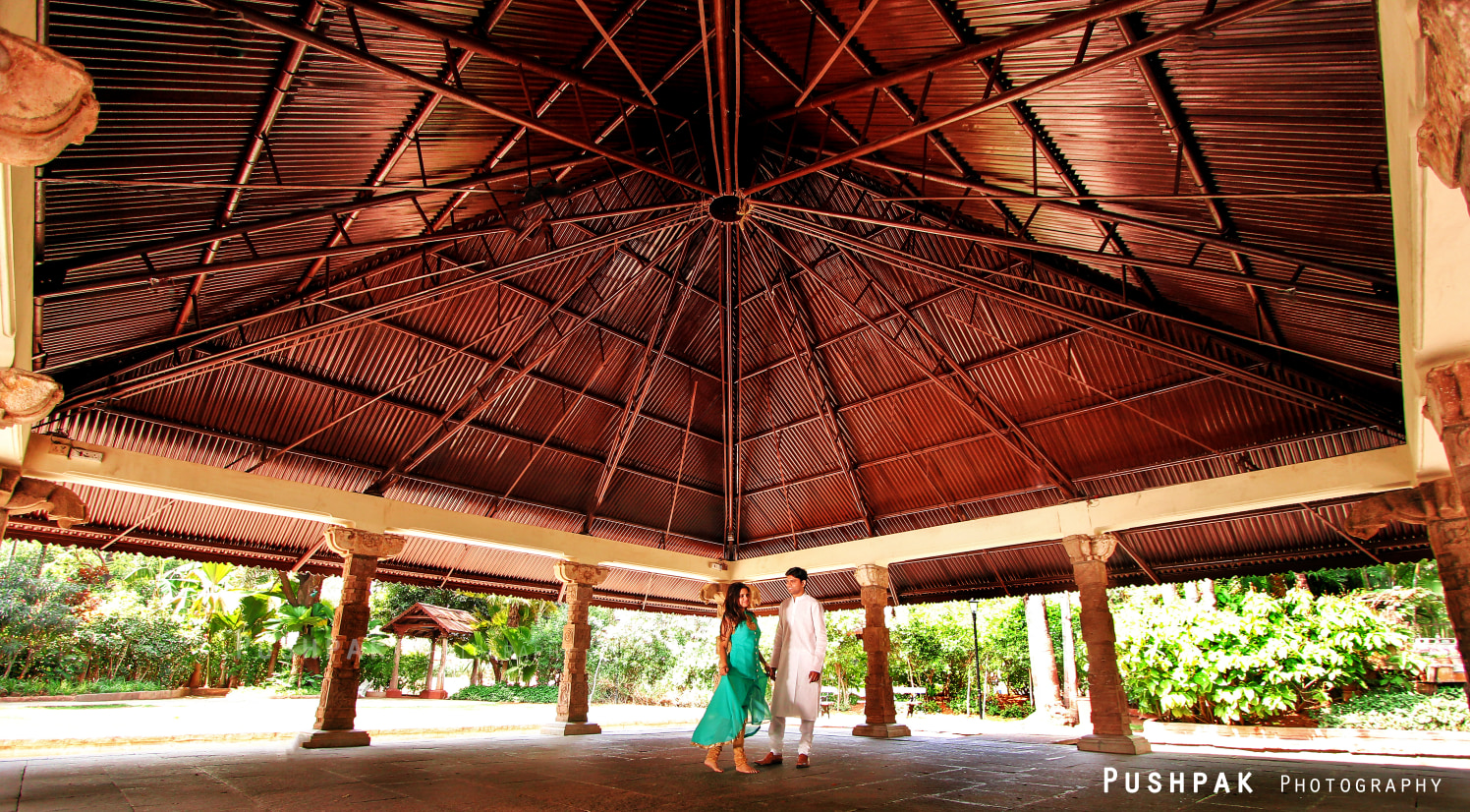 Outdoor Pre-Wedding Shoot Location Ideas by Pushpak Inabathini Wedding-photography | Weddings Photos & Ideas