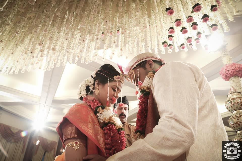 Flamboyant decor by Fatty's Photography Wedding-photography   Weddings Photos & Ideas