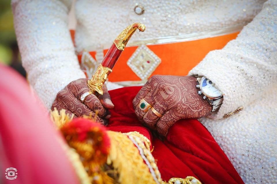 The sword by Fatty's Photography Wedding-photography | Weddings Photos & Ideas