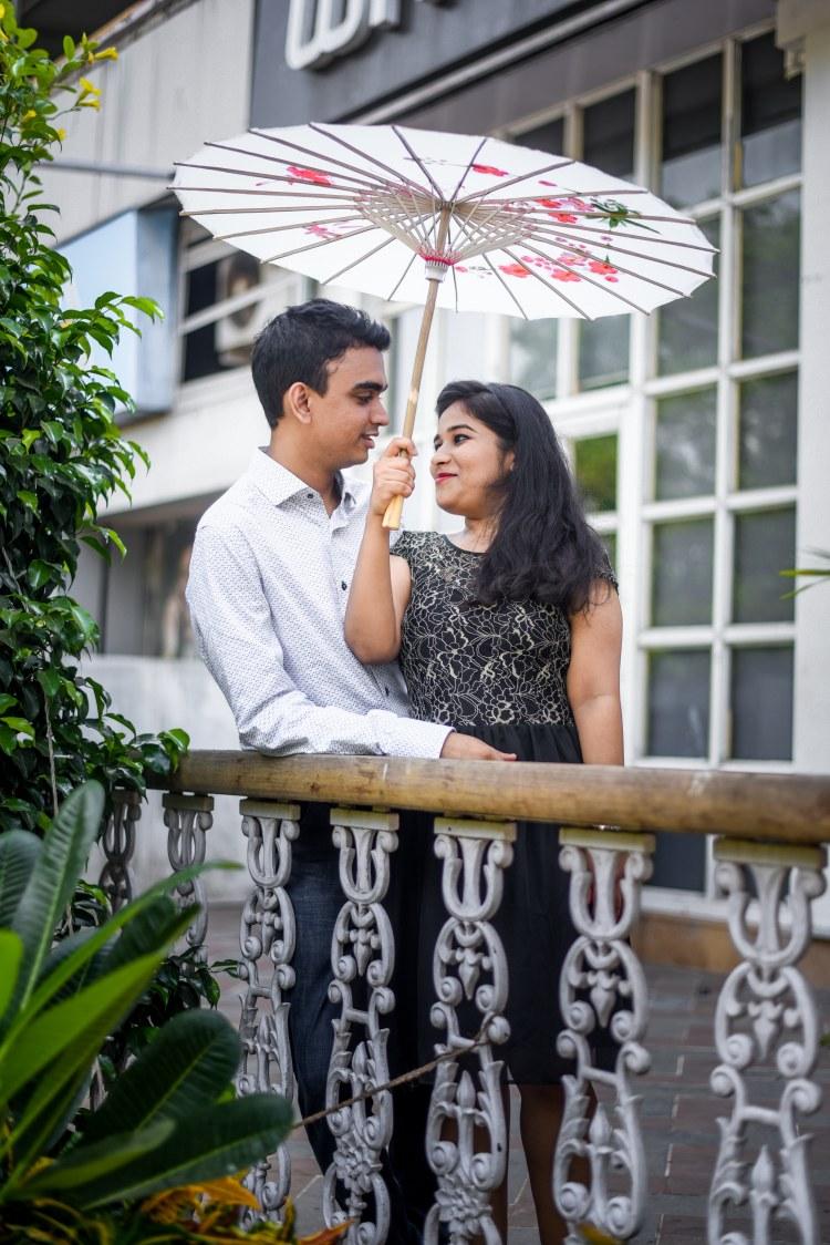 Pre-Wedding Shoot With Umbrella Prop by ORDUO PRODUCTIONS PVT. LTD Wedding-photography | Weddings Photos & Ideas