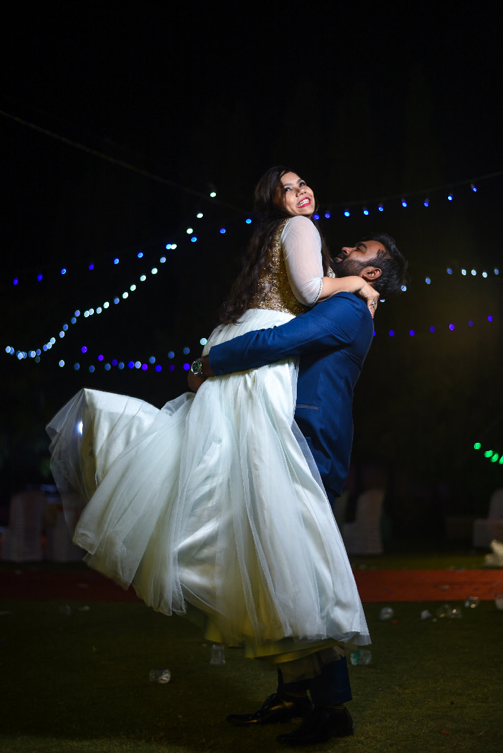 Romantic Bride and Groom Pose by ORDUO PRODUCTIONS PVT. LTD Wedding-photography | Weddings Photos & Ideas