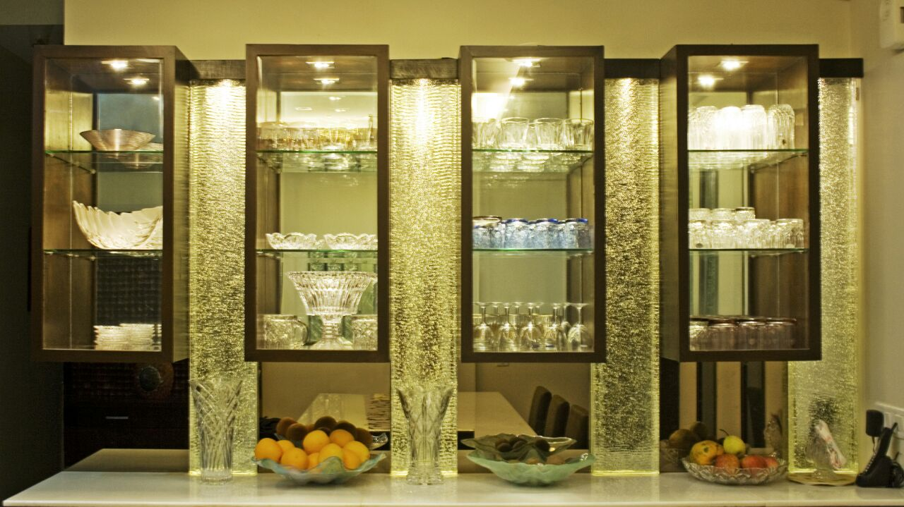 Well Lit Glass Display Unit in Dining Area by Yogendra Garg Dining-room Contemporary | Interior Design Photos & Ideas