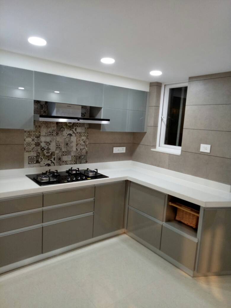 Grey Modular KItchen by Amith Kumar Modular-kitchen Contemporary | Interior Design Photos & Ideas