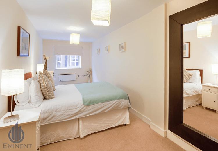 A Hint Of Mint! by Shyam Gupta Bedroom Modern | Interior Design Photos & Ideas