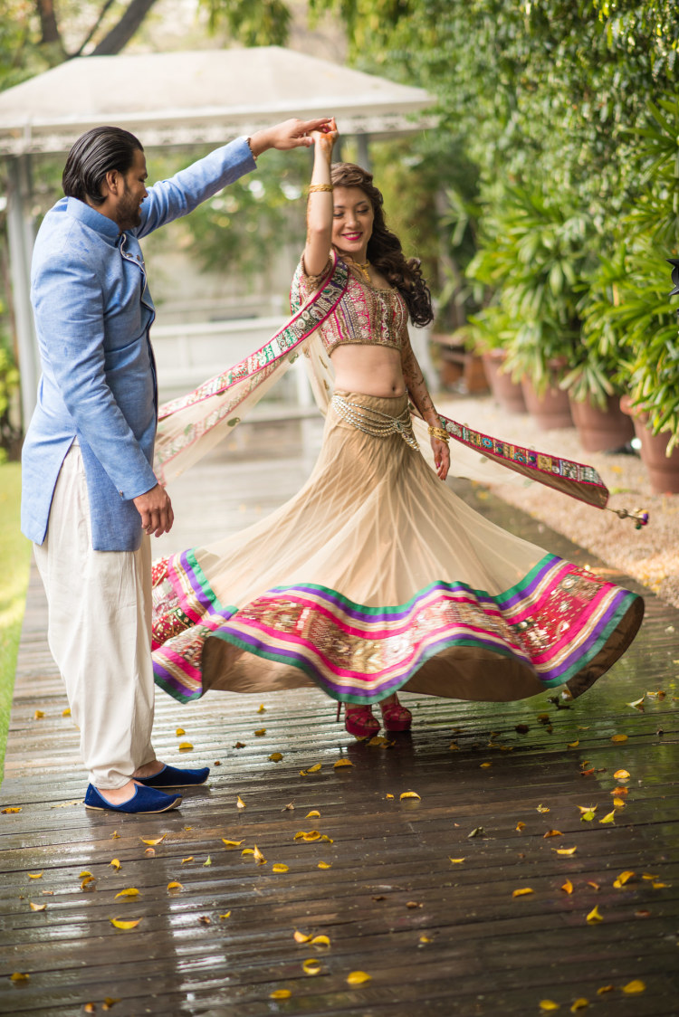 Dancing Beauty by Shoot My Shaadi Wedding-photography | Weddings Photos & Ideas