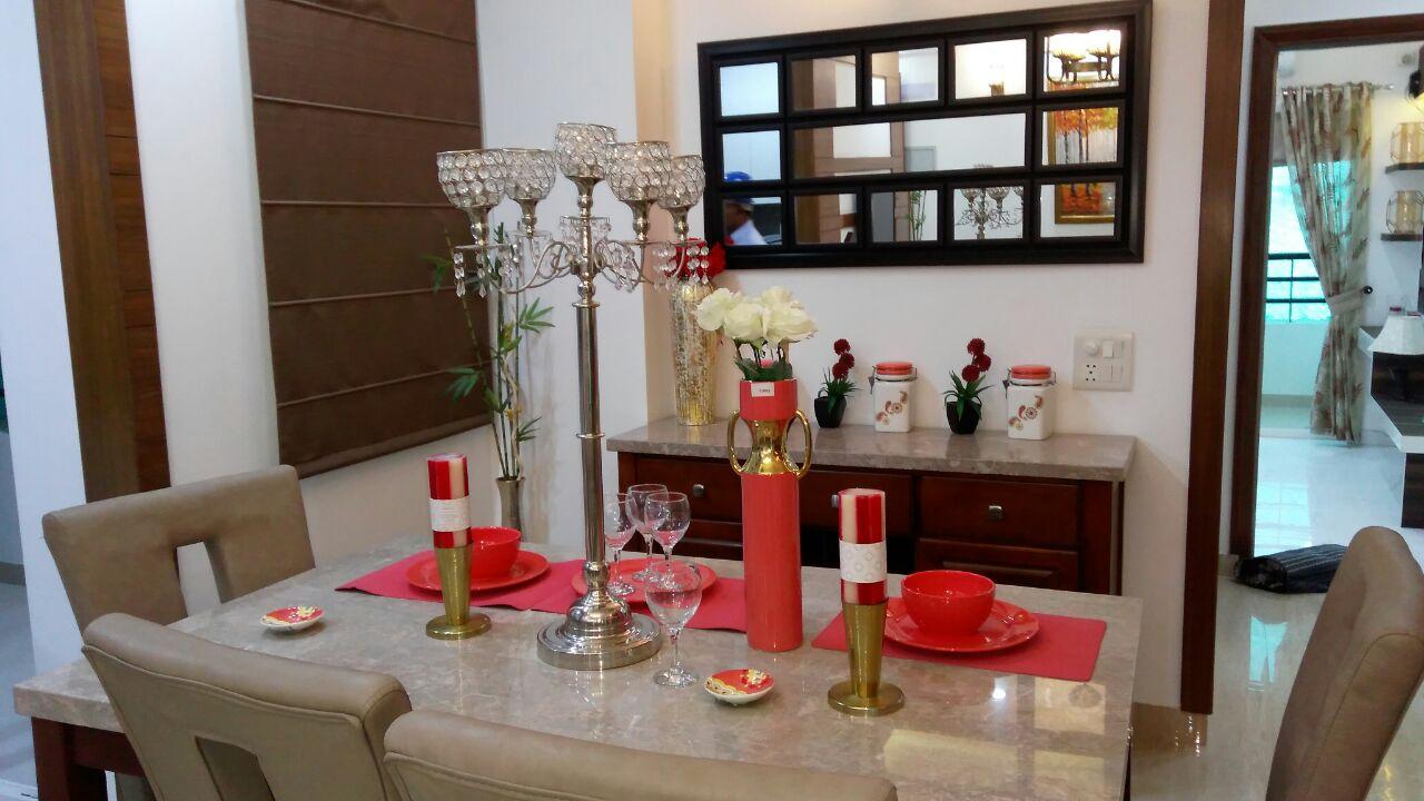 Dining Space by Envisage Design Atelier Modern   Interior Design Photos & Ideas
