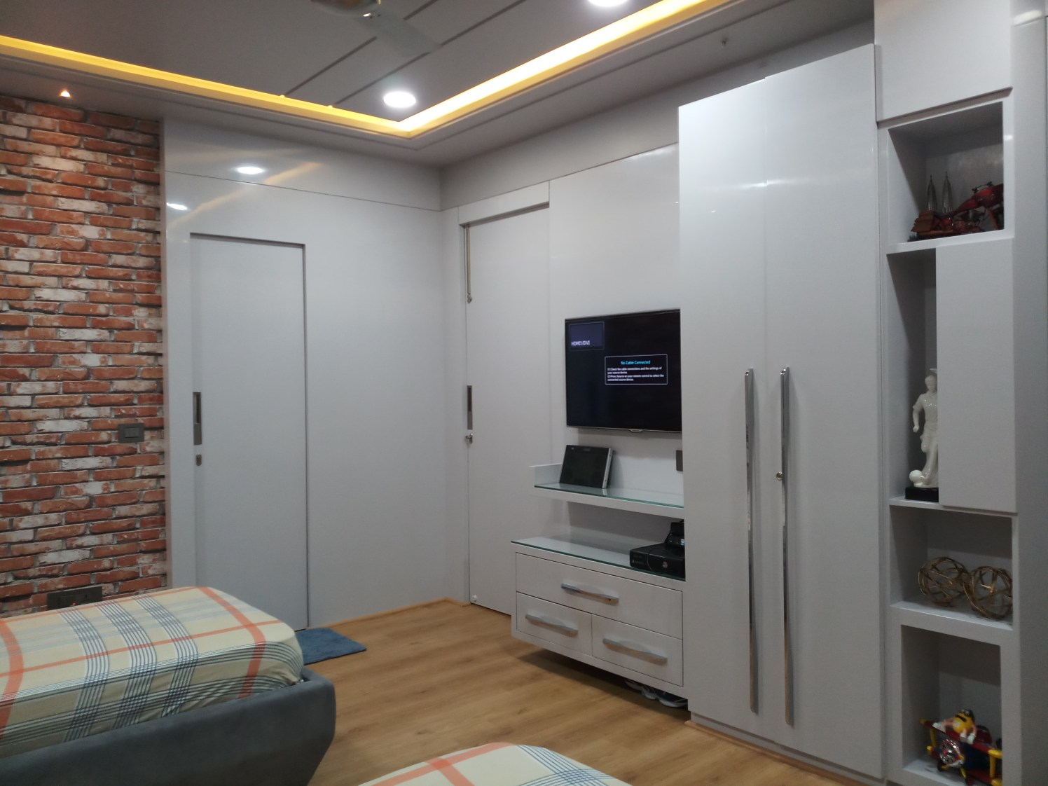White Glossy Wardrobe with Display Unit and False Ceiling with yellow Neon Lighting by Sumita Mehra Bedroom Contemporary   Interior Design Photos & Ideas