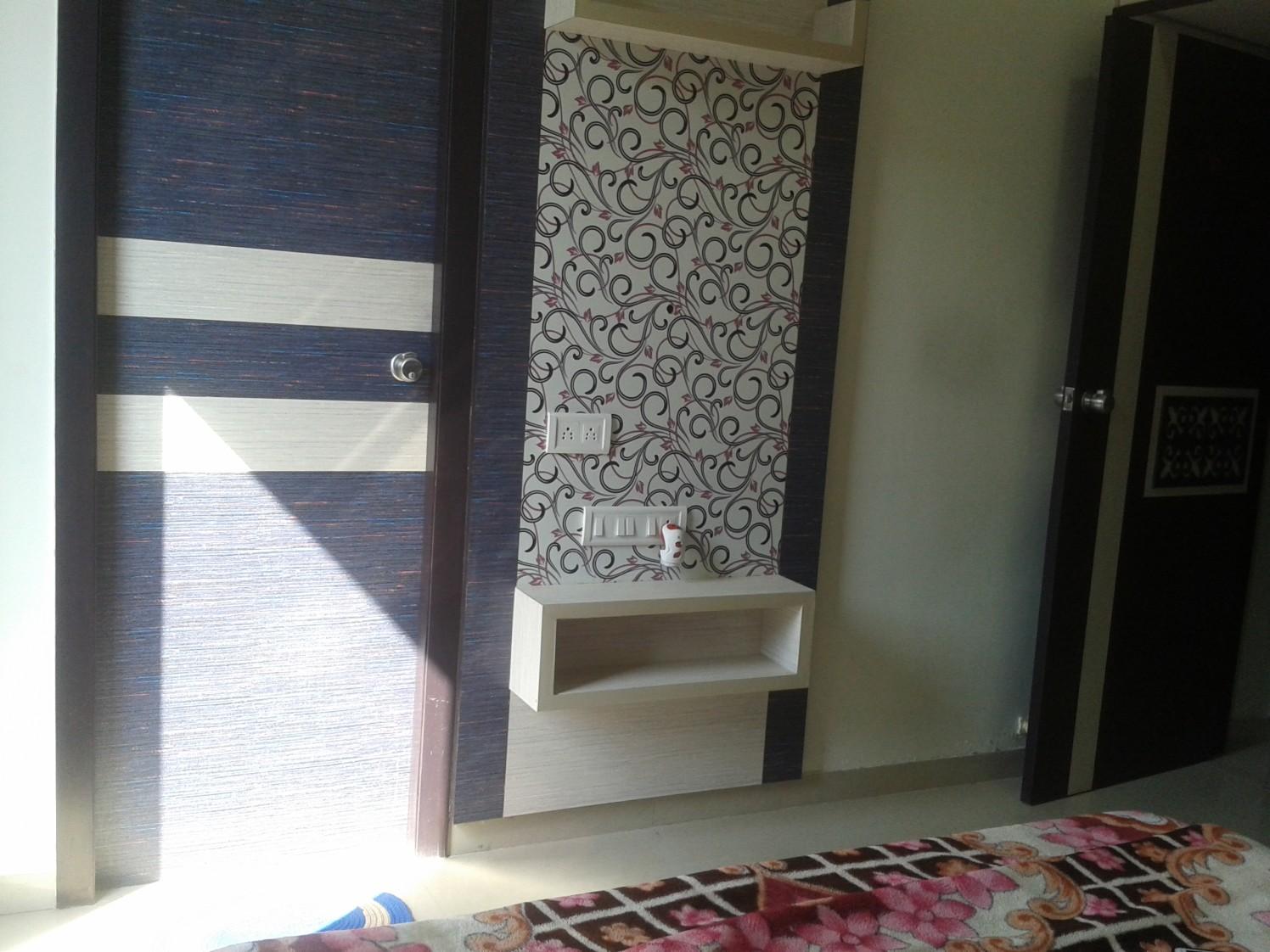 Cherry pie bedroom design by Komal Meharchandani Modern | Interior Design Photos & Ideas