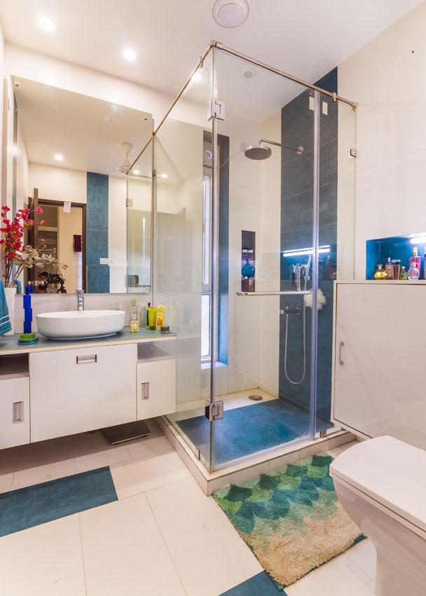 Modern Bathroom by Rahul Sharma Modern | Interior Design Photos & Ideas
