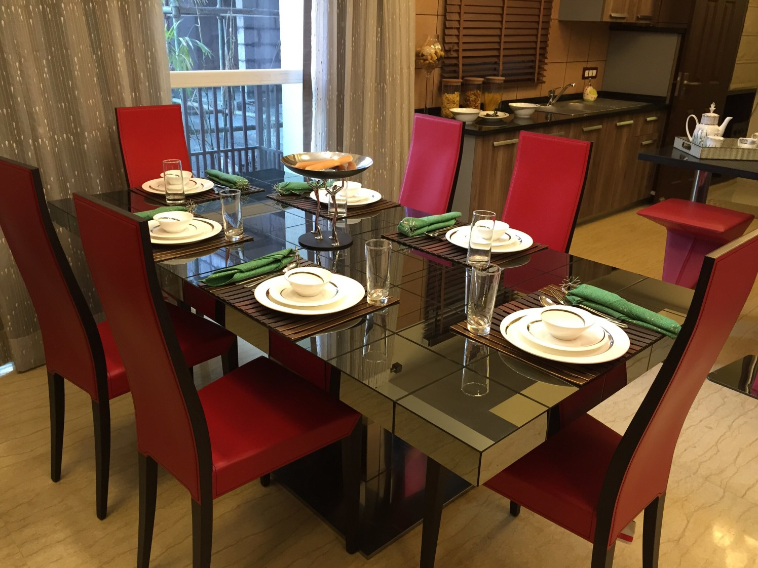 Dining Room by Deepali Garg Modern | Interior Design Photos & Ideas