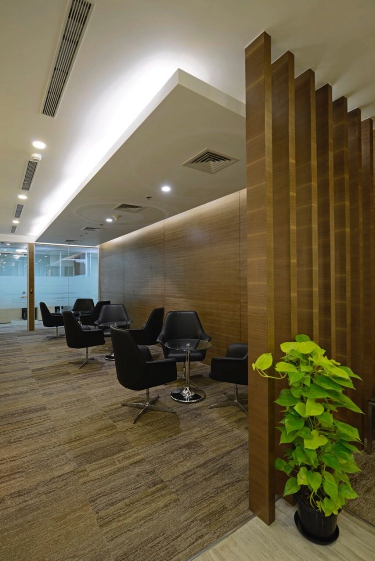 Office Space by Akash Kanojia Modern | Interior Design Photos & Ideas