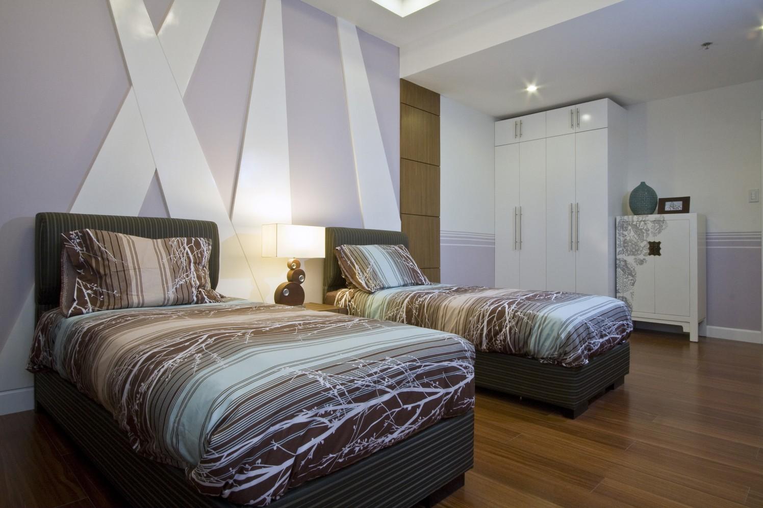 Minimalistic Guest Room by Inscape Design Studio