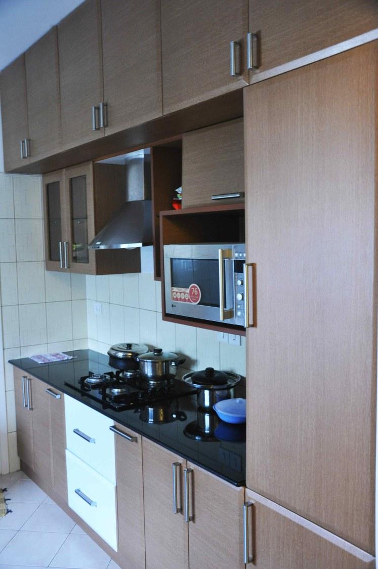 Mini Kitchen by Zubairul Haque