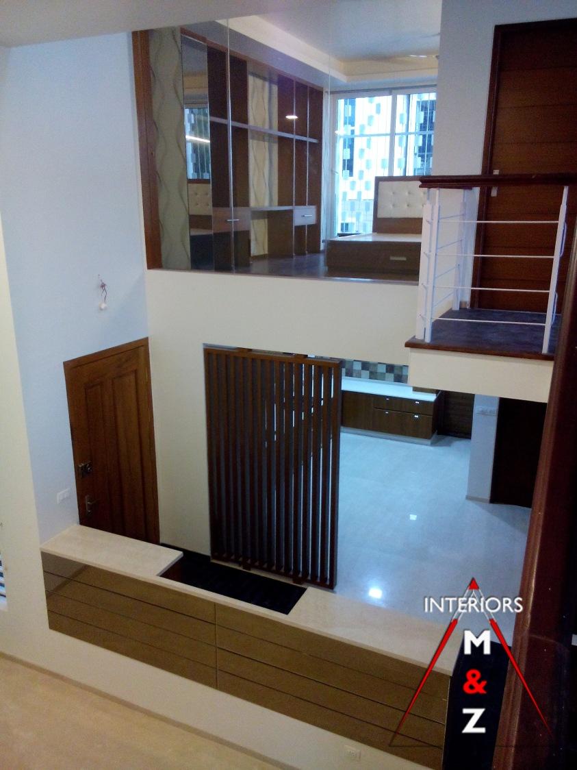 The perfect hallway by Zubairul Haque Contemporary | Interior Design Photos & Ideas