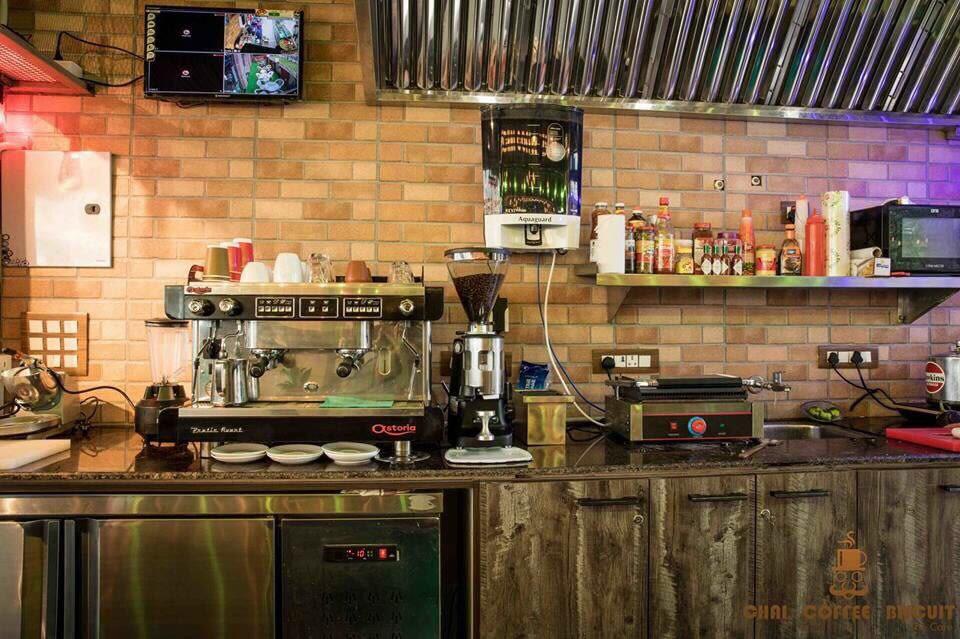 That Coffee Shop by Vikas Swami Contemporary | Interior Design Photos & Ideas