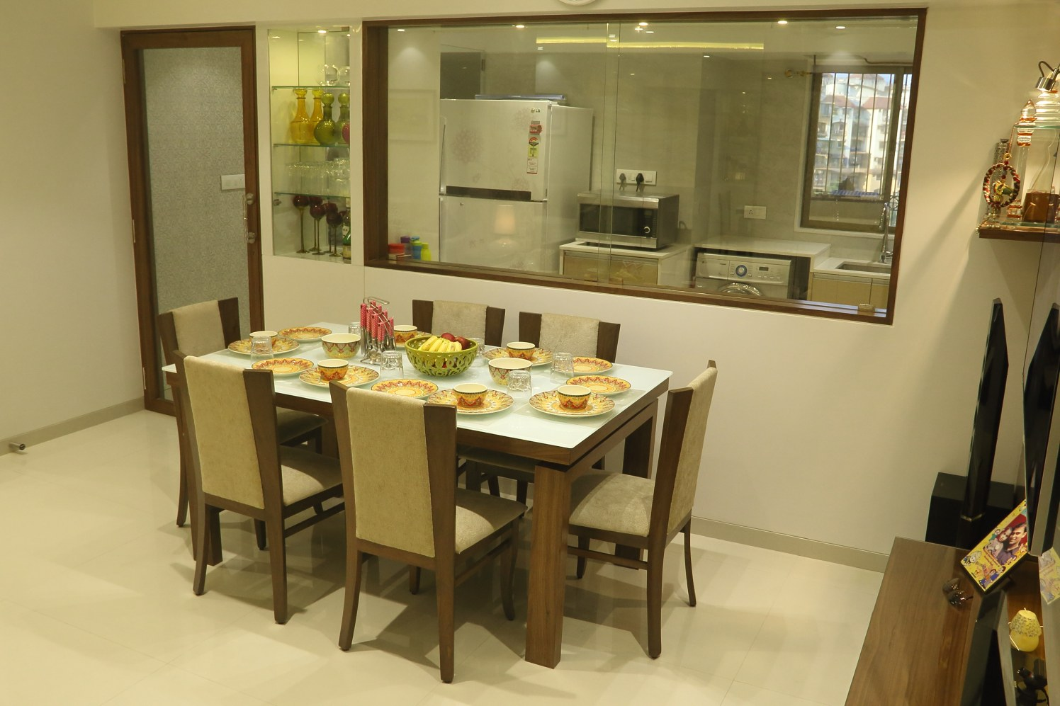 kitchen cum dining room by Hitesh Kacha Modern | Interior Design Photos & Ideas