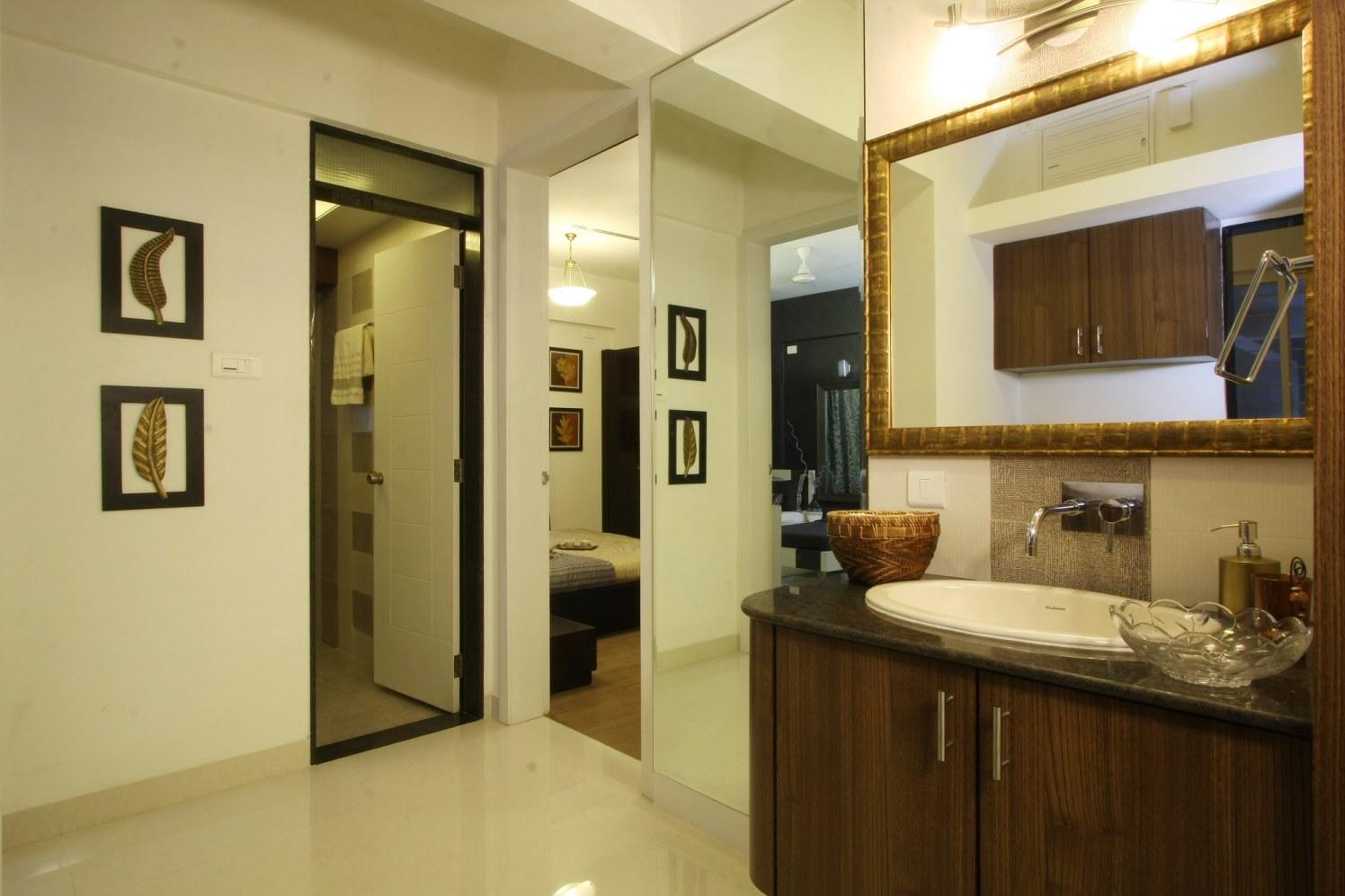 Clean Bathroom Good Living by Harshila Shreeram Talasila Modern | Interior Design Photos & Ideas
